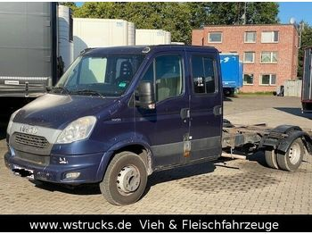 Iveco 70C21 Doppelkabine Fahrgestell  AHK  - châssis cabine