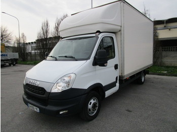 Fourgon grand volume IVECO DAILY 35C15
